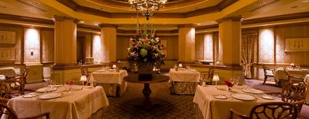 Victoria & Albert's Dinner Queen Victoria Room.png